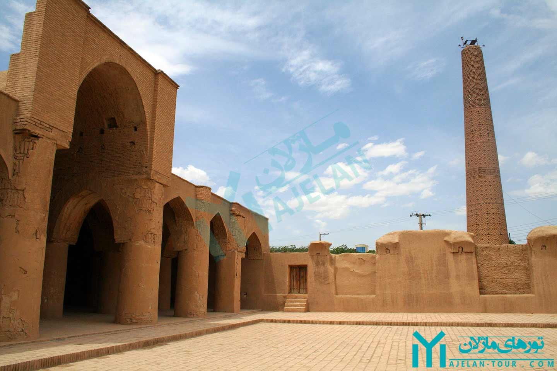 تور دامغان - مسجد تاریخانه