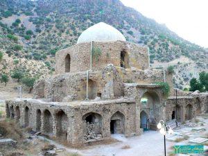بقعه امامزاده خرقه (سید داود فهلوی) - شهر فیروزآباد ، ۹ ژوئن ۲۰۰۶ ؛ عکس از نغمه آرین