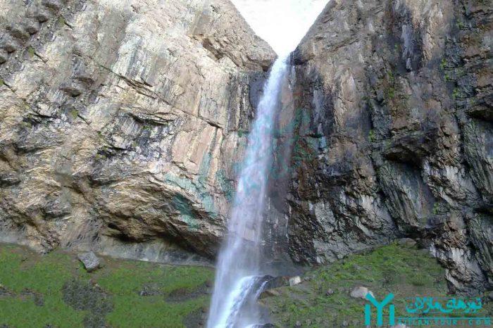 تور آبشار خور ، آبشار یخی البرز