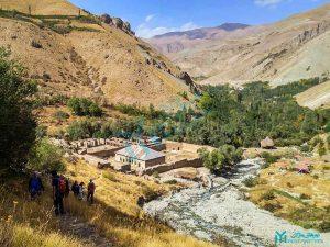 نمایی از عمارت ناصری و روستای شهرستانک - گردشگری کرج