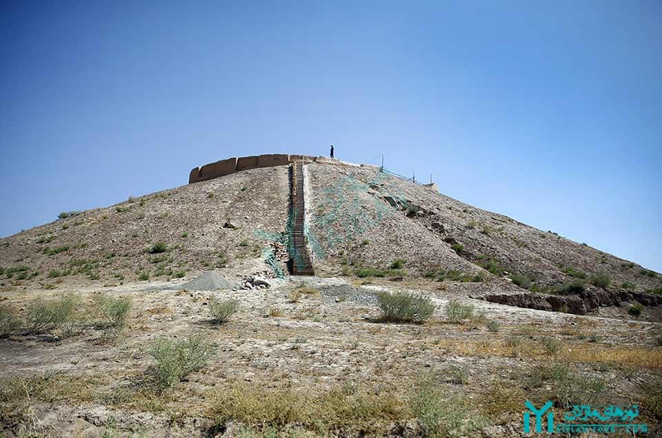 گردشگری نظرآباد - محوطه باستانی ازبکی