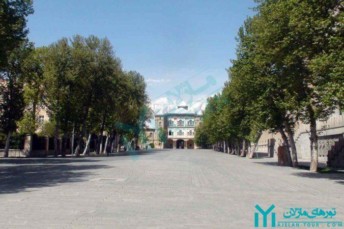 تور میدان مشق ، میدان اولین ها